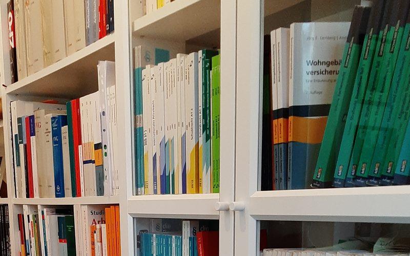 Bücher 4
